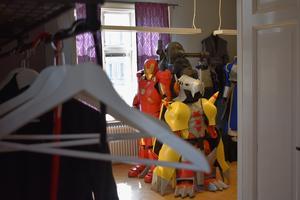Den 11 april slår utställningen upp dörrarna för allmänheten.