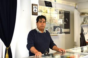 Yosef Abdull Ali önskar att det satsades på extra bevakning av stadskärnan under sommarmånaderna.