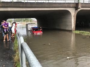 Översvämning på riksväg 69 genom Fagersta.