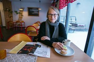 Karin Forsberg från Trångåsa har lika nära till Strömsund som till Backe. Men hon har valt hälsocentralen i Backe. I förra veckan var hon på återbesök för den lunginflammation hon fick före jul.