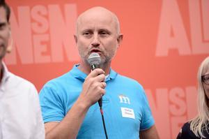 Stefan Olsson avgår som ordförande för regionstyrelsen i Uppsala. Bilden togs i samband med valkampanjen inför valet 2018.