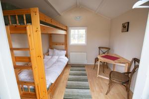 På insidan är flera av campingstugorna nyrenoverade.