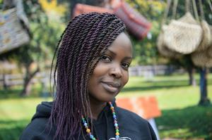 Milly Mbalyowere, 32, egenföretagare, Stockholm.