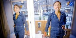 Malin Alwin har varit frisör i hela sitt liv. Nu jobbar hon som salongschef hos Björn Axén på Birger Jarlsgatan i Stockholm.