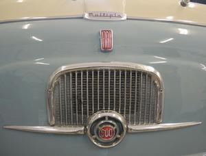 Fronten på Fiat Multipla 600.