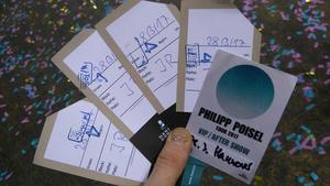 Efter ett dygn på en mack i Tyskland plockade managern till Philipp Poisel upp Tommie och Mattias och gav dem  lift till Hannover och fyra stycken vip-biljetter till en konsert och efterfest. Foto: Privat