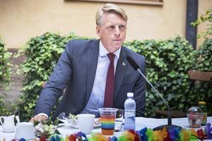 Bostadsminister Per Bolund (MP) vill ha hjälp av fastighetsbranschen för att göra sitt jobb. Foto: Naina Helén Jåma / TT.