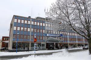 Fyravåningshuset mot Slottstorget kan komma att rivas för att ge plats åt ett kultur- och bildningscenter.