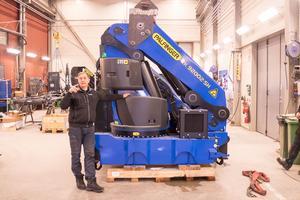 En av de kranar som Vemservice ska montera på en lastbil.