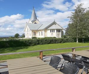 Den vackra kyrkan i Gåxsjö. Foto: Elsy Johansson