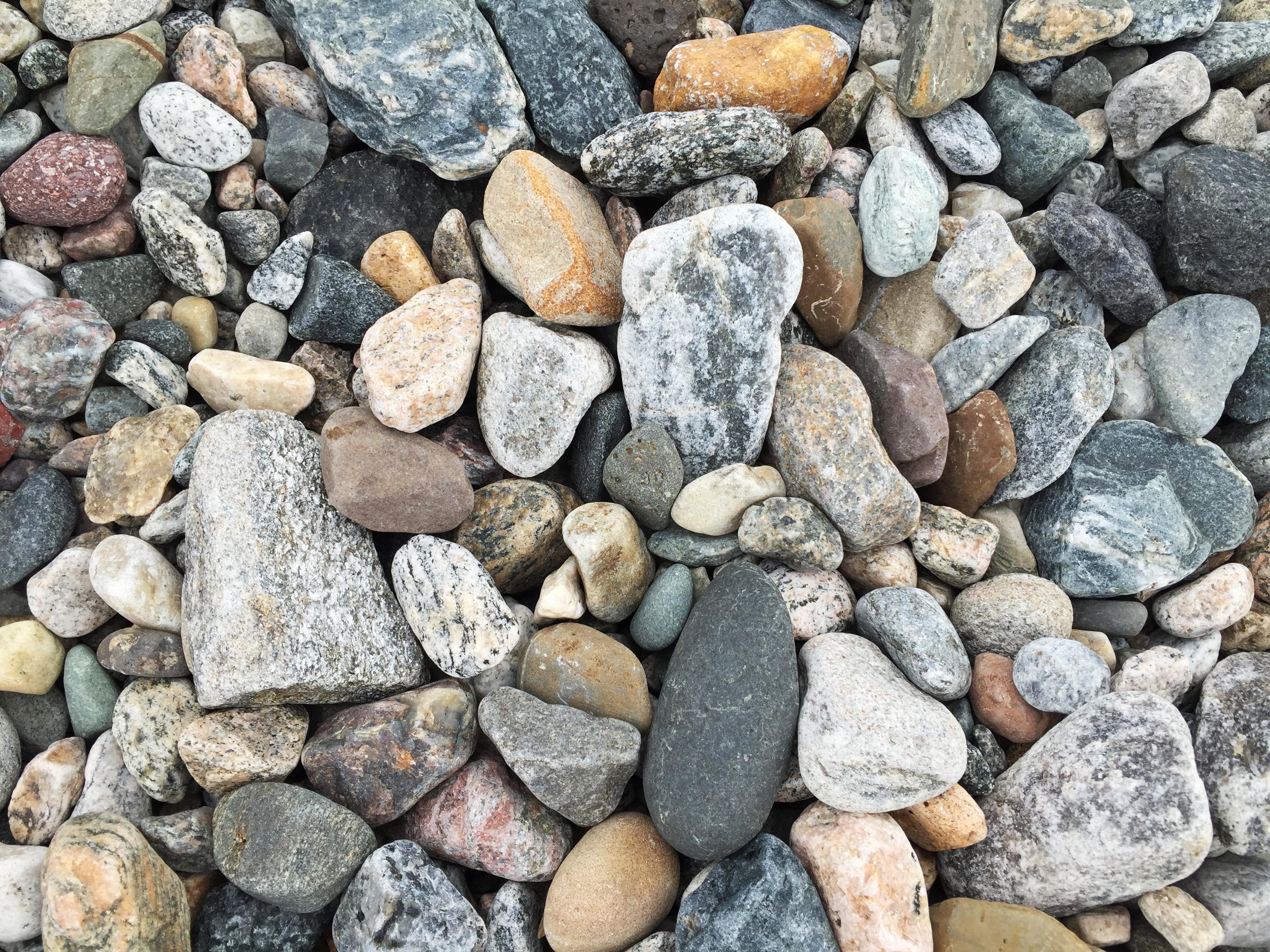 Man ska inte kasta sten i glashus