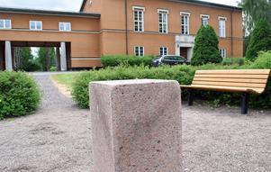 Något saknas vid Stadshuset i Borlänge.