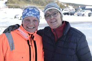 Lärarna Carina Hagstedt och Barbro Holmqvist fanns på plats under tävlingen.