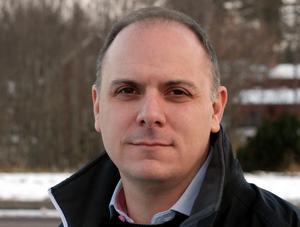– Min kritik är riktad mot den socialdemokratiska landstingsledningen, säger Fredrik Jarl (C).