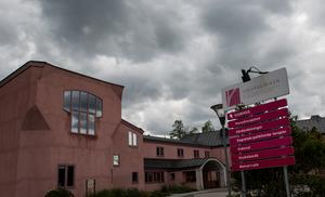 Stiftelsen Vidarkliniken, som driver Vidar rehab och Vidar vårdcentral, har begärts i konkurs.