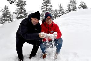 I Tandådalen ligger nysnön djup, snö som kryddar Skistars snöstrategi konstaterar Jonas Bauer och Fredrik Rydén.