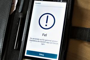 Mobilt bank-id behövs för nästan allt numera – både för betalningar men också för att kontakta myndigheter. Men så här ser det sedan förra hösten ut på Jans telefon.