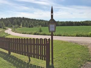 Stigen har sju skyltar med korta texter som ska väcka tankarna. Foto: Erik Lövgren/Svenska Kyrkan Falun