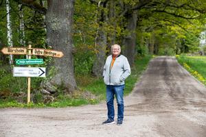 Här kommer det att gå undan den 13 juli. Bilarna kommer från  Börsholmshållet och svänger vänster i korsningen mot Östra Rynninge. Bara 500 meter från Stig Blomqvists hem.
