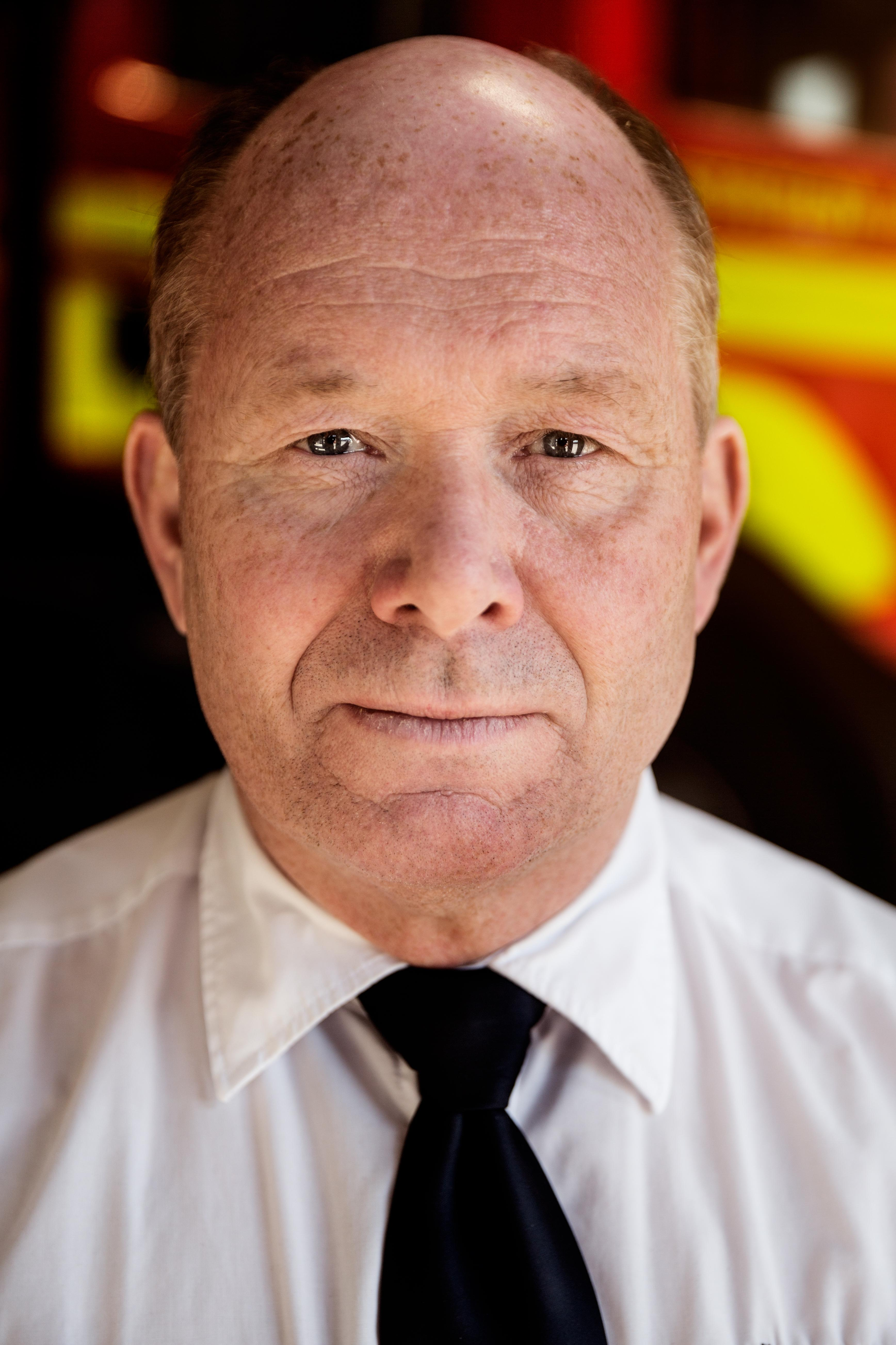 Mats Jansson är räddningschef i Södra Dalarnas Räddningsförbund där kommunerna Avesta, Hedemora, Fagersta och Norberg ingår. Förbundet har sju räddningsstationer, 160 anställda och bildades 1998.