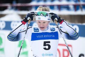 Ögonblicket som de flesta nog vill glömma, Maja Dahlqvists fall i VM-sprintfinalen. Men bara dagen efter gjorde hon något spektakulärt...  Foto: TT/Terje Pedersen