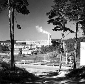 Industrin och bostadsorten i Stora Vika skapades av Skånska Cementaktiebolaget (som i dag heter Cementa) i slutet av 1940-talet. Foto: Nynäshamns bildarkiv
