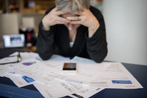 Många ser skuldsanering som en sista möjlighet att få livsgnistan tillbaka.