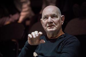 Lars Norén har avlidit efter coronasmitta.