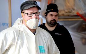 Länsmuseets Ola George leder utgrävningarna i Haverö.