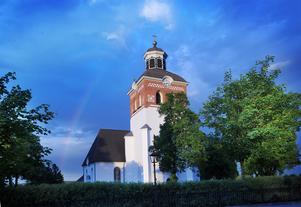 Kyrkorådets ordförande skriver att han kommer att ta upp frågan om samverkan med Bollnäs Pride ur ett principiellt perspektiv vid höstens första kyrkorådssammanträde i september.