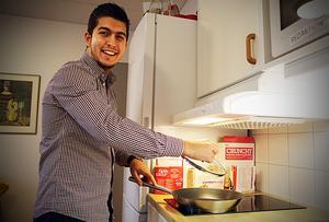 Många  har lärt känna Mahmoud som en glad och social nyanländ Kramforsbo.