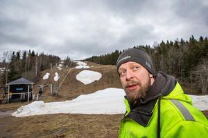 – Det här är egentligen en vanlig vinter för mig, säger Tim Price som är uppvuxen i England. Kärleken förde honom till Sverige.
