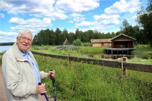 - Jag tycker det är synd att amfiteatern bara står här, helt oanvänd, säger Bertil Jansson som har starka band till platsen efter att ha växt upp i trakten.
