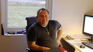 Patrik Lundman lovar att de tre projekt som han hade igång med förra firman inte kommer att drabbas av konkursen.