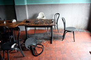 Förödelsen var stor efter brandattentatet mot pizzerian i augusti 2008.