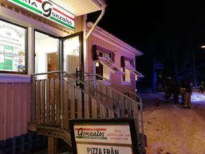 Branden skedde i fläktsystemet på pizzerian.