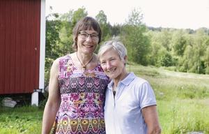 Isabell Kudyna och Birgit Will följde sina hjärtan och driver just nu Påsgården i Vattlång.