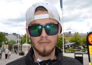 Tobias Bergqvist Aveling.