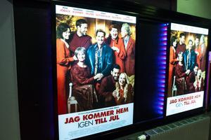 Filmens affischer som prydde entrén till Biostaden i Östersund.