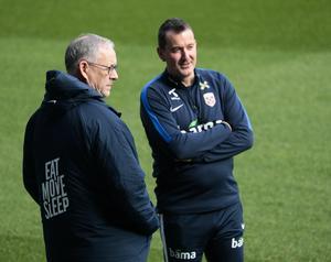 Lars Lagerbäck och Per Joar Hansen. Bild: Lise Åserud/NTB Scanpix
