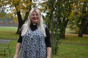 Mia-Marie Kjellgren vill att Enånger-Njutångers församling ska vara en nära och öppen församling, där människorna vågar ta kontakt.