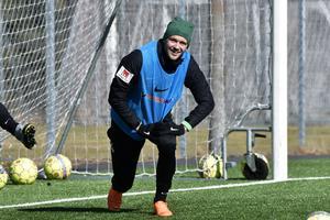 Max Watson väntas få spela från start mot Landskrona.