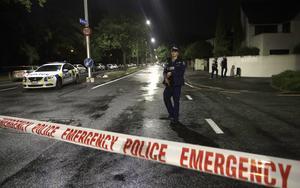 Hela Nya Zeeland är i chock efter terrordåd utfört av minst en högerextremist lämnat minst 49 människor döda.