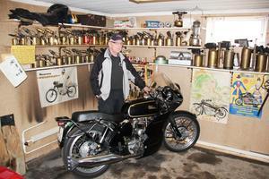 Velocetten från 1962 är pärlan bland de motorcyklar som Helge Trygg haft genom åren.
