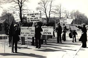 Medelpads Dövas Förening var involverad i demonstrationen den 1 maj 1976. Källa: Medelpads Dövas Förening