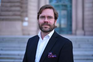 Jörgen Fogelklou, oppositionsråd i Göteborg, har föreslagit att Krokom ska ta över deras tilldelning av nyanlända nästa år. Det rör sig om 220 personer.