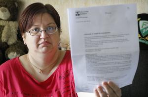 Brevet från Hällefors kommun om att man ska ta ut avgifter för boendestöd damp ner som en blixt från ovan säger Johanna Jansson Sveder som är både upprörd och orolig inför framtiden.
