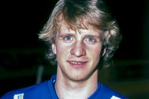 Ishockeyspelaren Tomas Jonsson porträtt i samband med en samling med det svenska ishockeylandslaget Tre Kronor 1981. Foto: SvP/TT