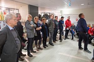 Bråpdjupa åsiktsskillnader noterades när det ordnades med debatt om de utförsäljningar som Ludvikahem planerar.  Panelen bestod av bland andra från vänster Hans Gleimar (C), Alexander Trygg (SD), Ingvar Henriksson (S), Åsa Wikberg (MP), Gaby Back (M), Håge Persson (M), Leif Pettersson (S), Joel Holmdal (KP), Marcus Kjellin från Hyresgästföreningen och längst fram Lars Handegard (V).