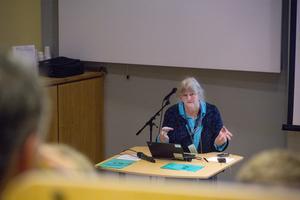 Lotta Svensson, forskare på CFL, menar att forskare och praktiker har mycket att vinna på att jobba nära varandra.
